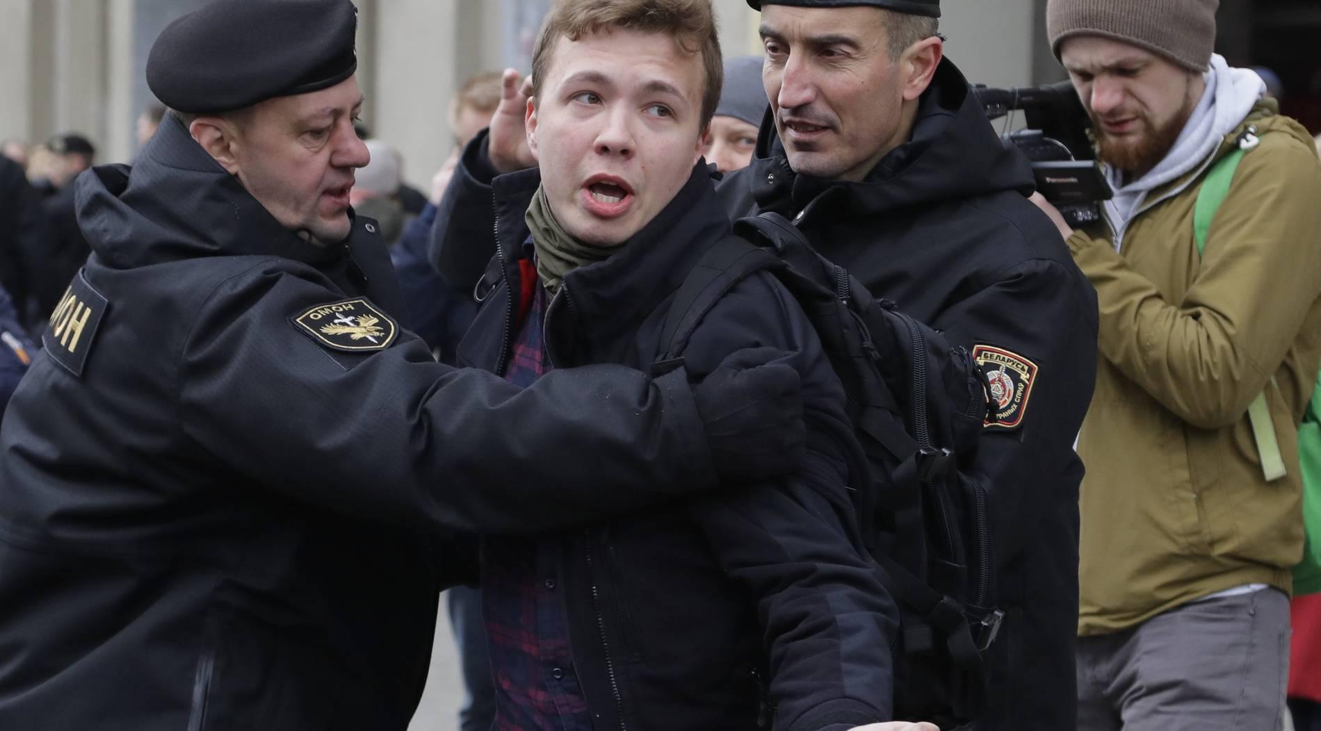 Почему Евросоюз не пускает в свои аэропорты белорусские рейсы?, Фото № 1 - 1-consult.net
