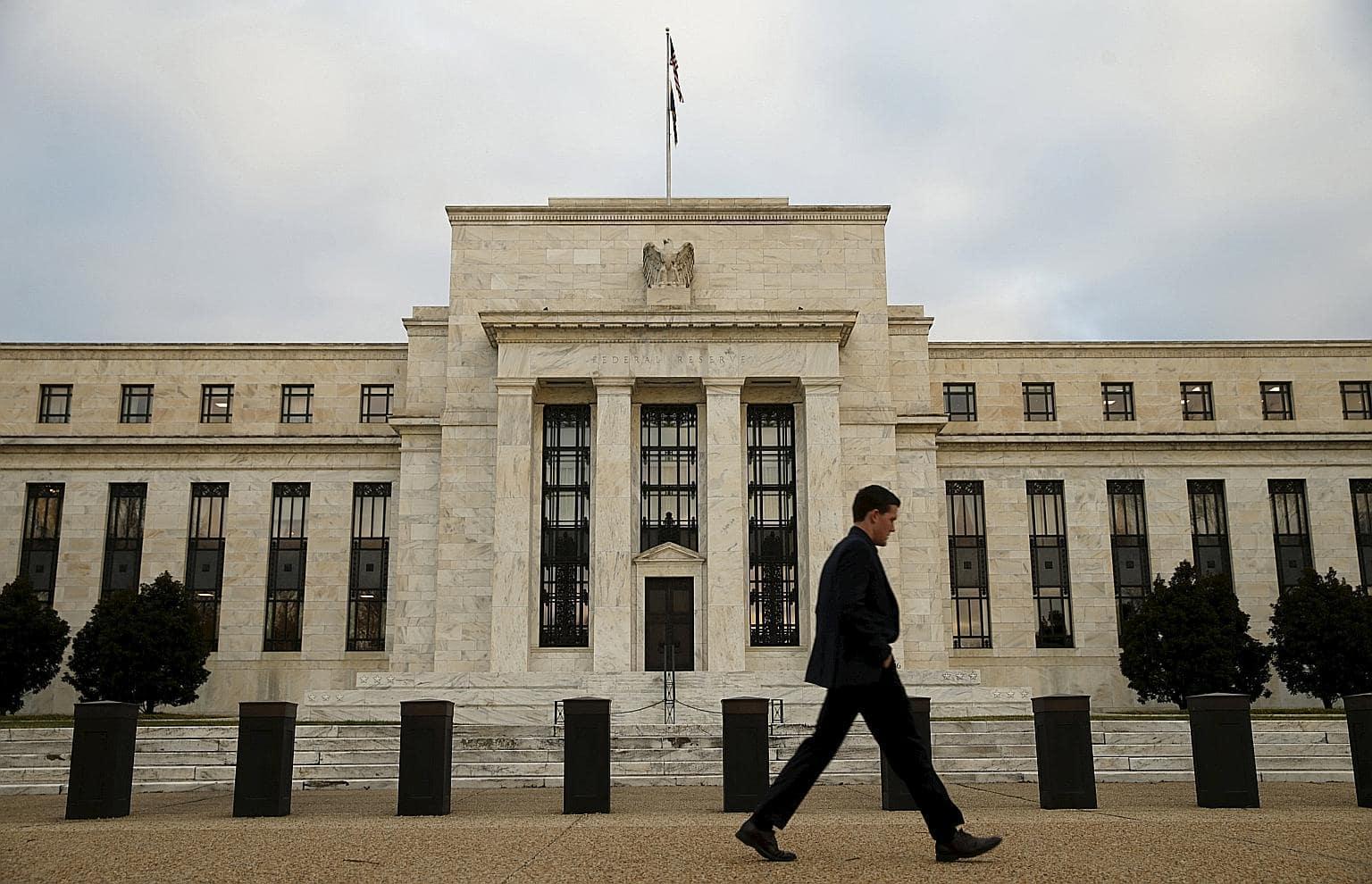 Изображение ФРС повышает процентные ставки: как это может повлиять на инвестиции