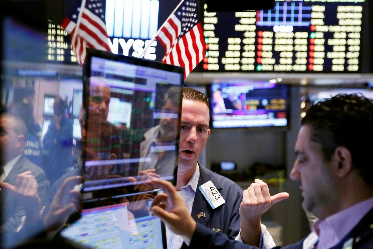 Tesla отзывает 9000 автомобилей, акции Gap, рост рыночной стоимости Samsung, Фото № 3 - 1-consult.net
